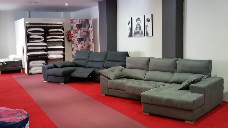 tienda_sofas_sillones_colchones_decoracion_Vitoria_chaise_longue_edredones_Sofadekor